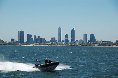 Perth Skyline vom Swan River 02
