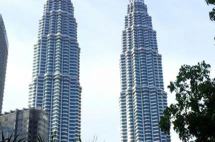 wpid-Petronas_towers_rps20130301_150824.jpg